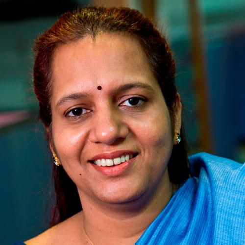 Akila Krishnakumar